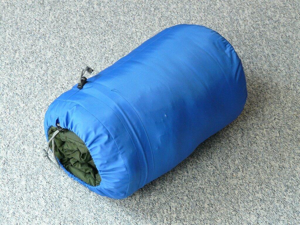 Idealny śpiwór puchowy – jak go znaleźć?